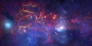 Velké observatoře zkoumají střed Galaxie. Zdroj: ESO.