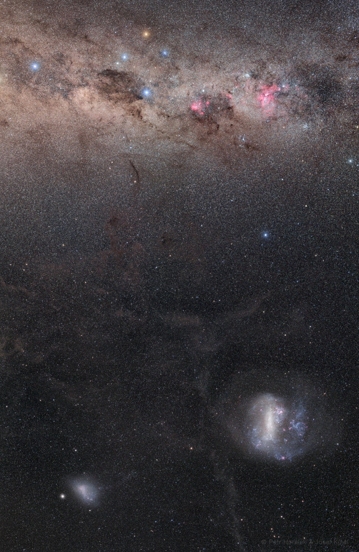 Snímek Galaxie a jižní pól publikovaný NASA jako snímek dne 1. ledna 2021. Foto: Petr Horálek (FÚ SU v Opavě), Josef Kujal (Astronomická společnost Hradec Králové)