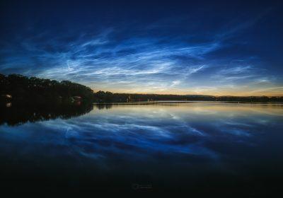Noční svítící oblaky v červenci 2020 nad Hrádkem. Foto: Petr Horálek/FÚ v Opavě.